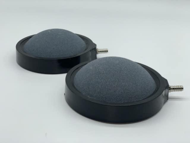 Hình ảnh Đĩa này thường sử dụng cho Hồ Koi nên được thiết kế màu đen