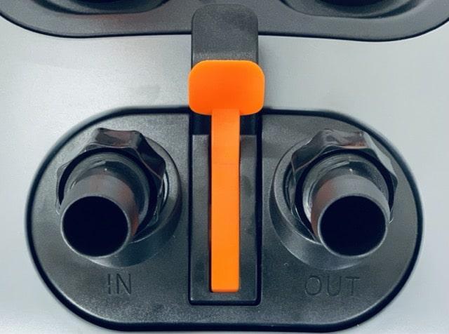 Hình ảnh Đầu IN-OUT với khoá màu đen và chỉnh dòng màu cam